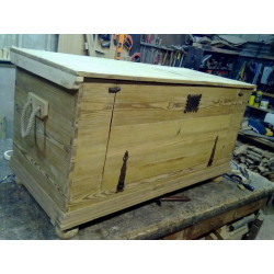 OLD WOODEN TRUNK (Flanders pine chest)
