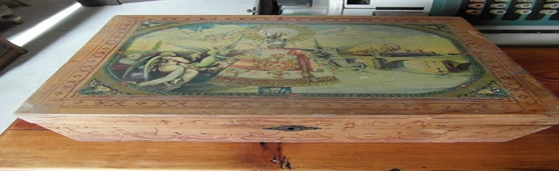 Muebles y objetos restaurados.